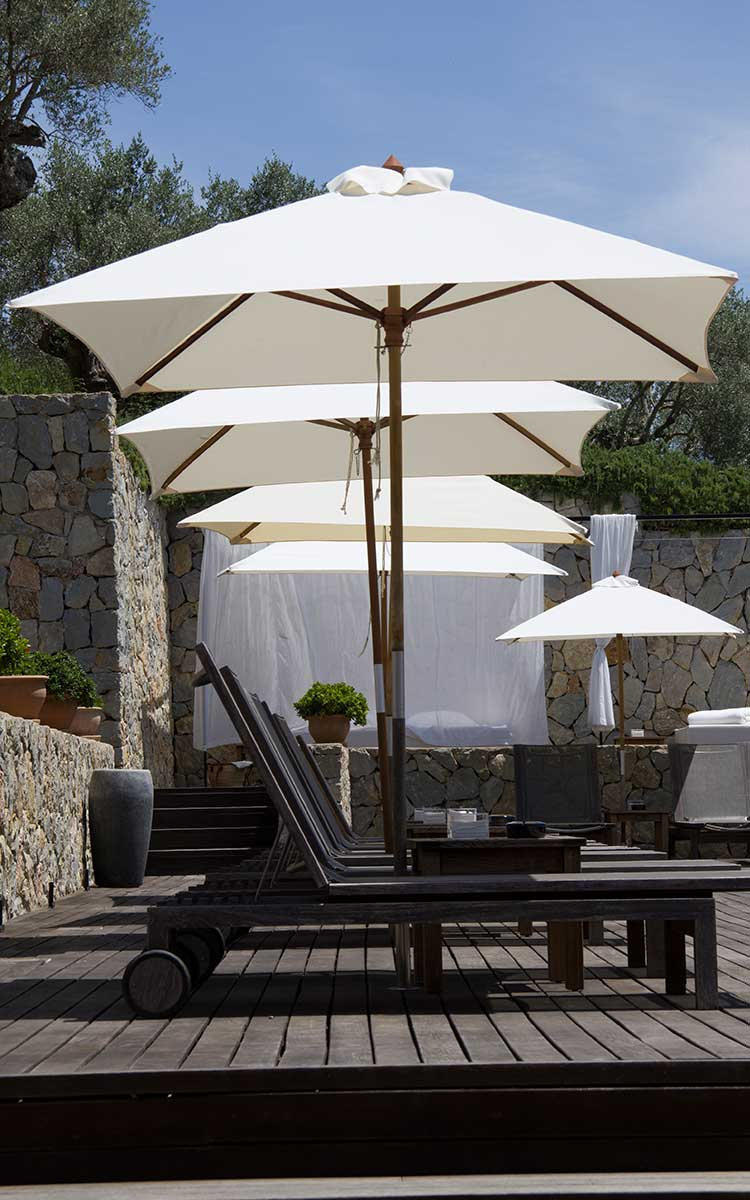 A number of stylish and exclusive spas located all over the Island